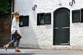 outfit_tamaris_schuhcenter_wedges_blau_weiß_beitragsbild